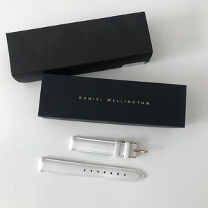Daniel Wellington White Leather rose gold band